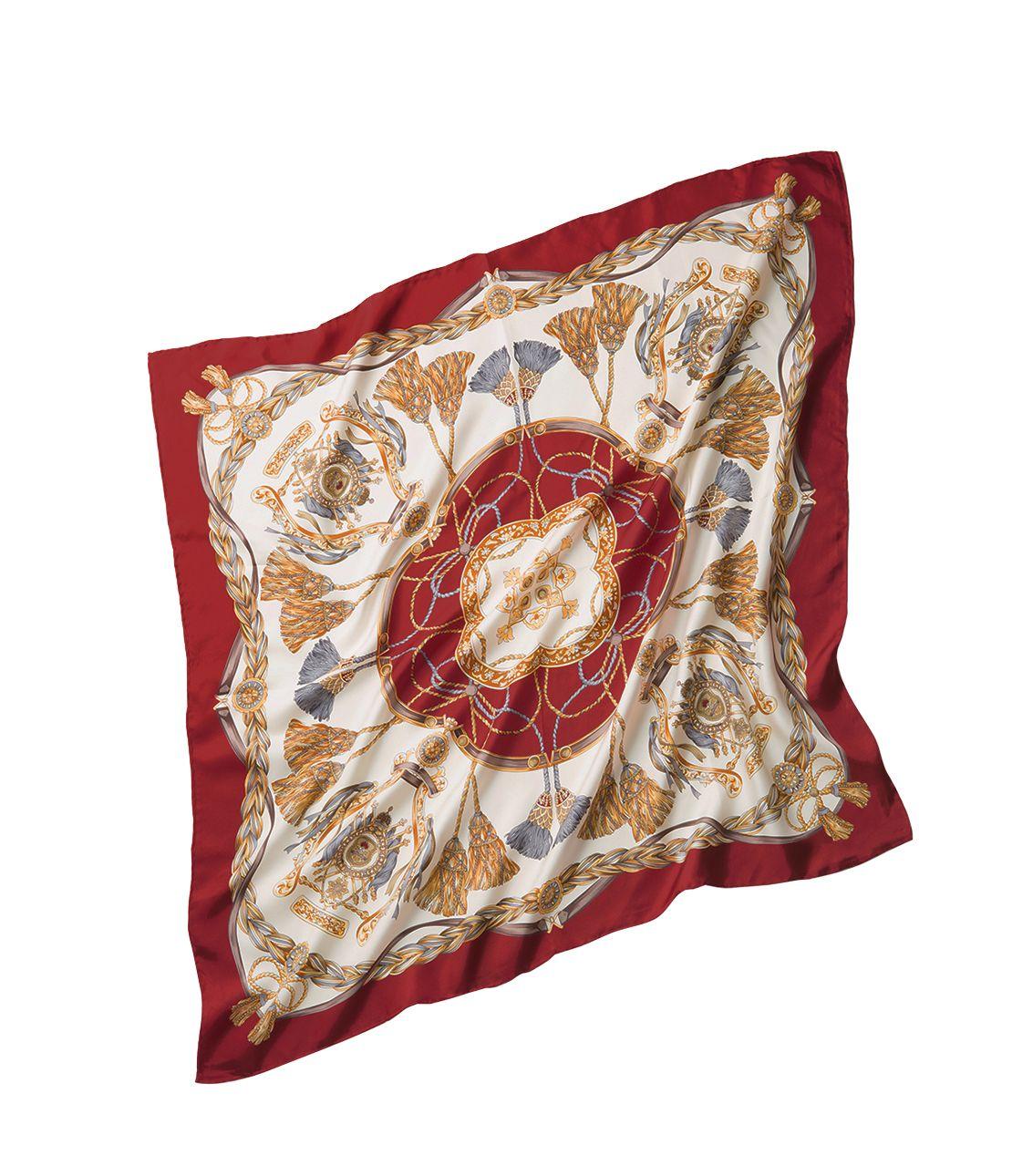 Ribbon motif scarf